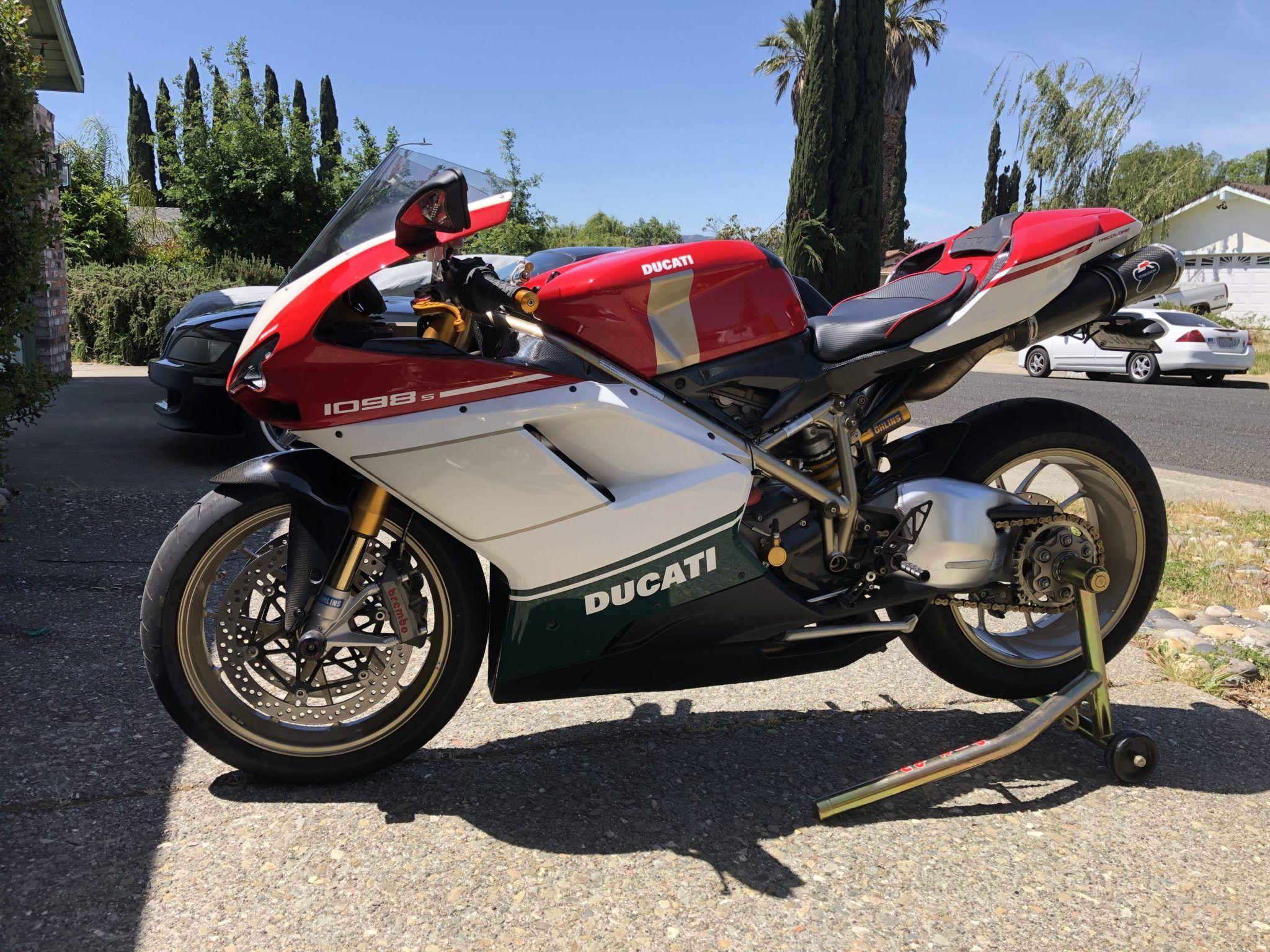 2007 Ducati 1098S Tricolore (Chassis: ZDM1XBEW97B004303)