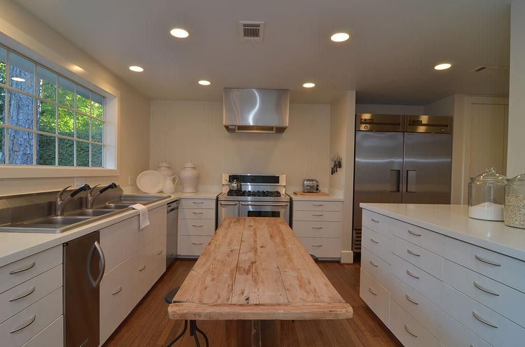 All drawers! But, can I do without upper cabinets? (With ...