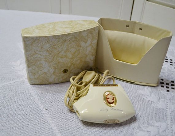 Vintage Lady Kenmore Electric Razor Cord and Case by PanchosPorch