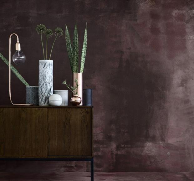 Tischleuchte Und Vasen In Kupfer Dunkelbraun Schoner Wohnen Wandfarbe Metallic Wandfarbe Wandfarbe