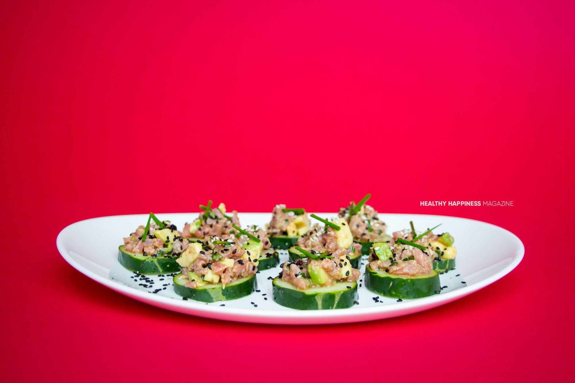 Bocadillos de tartar de atún #healthyhappinessmag. Receta completa: http://healthyhappiness.fit/bocadillos-de-tartar-de-atun/