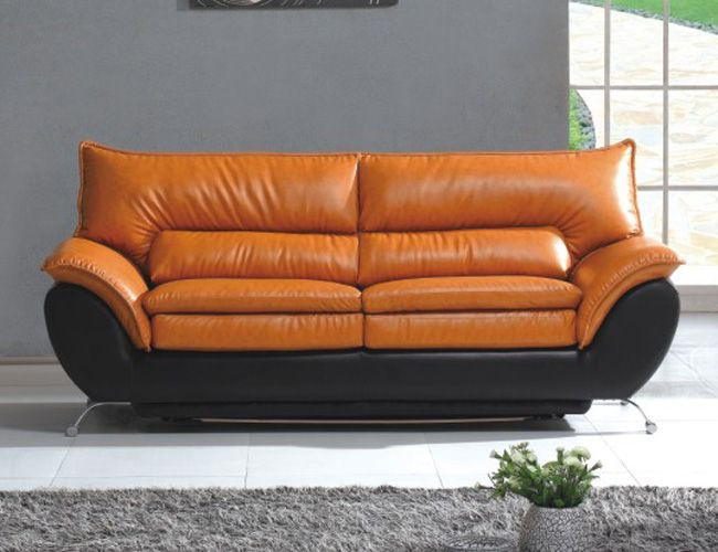 Charming Sofa On Orange Is The New Black   Yahoo Image Search Results