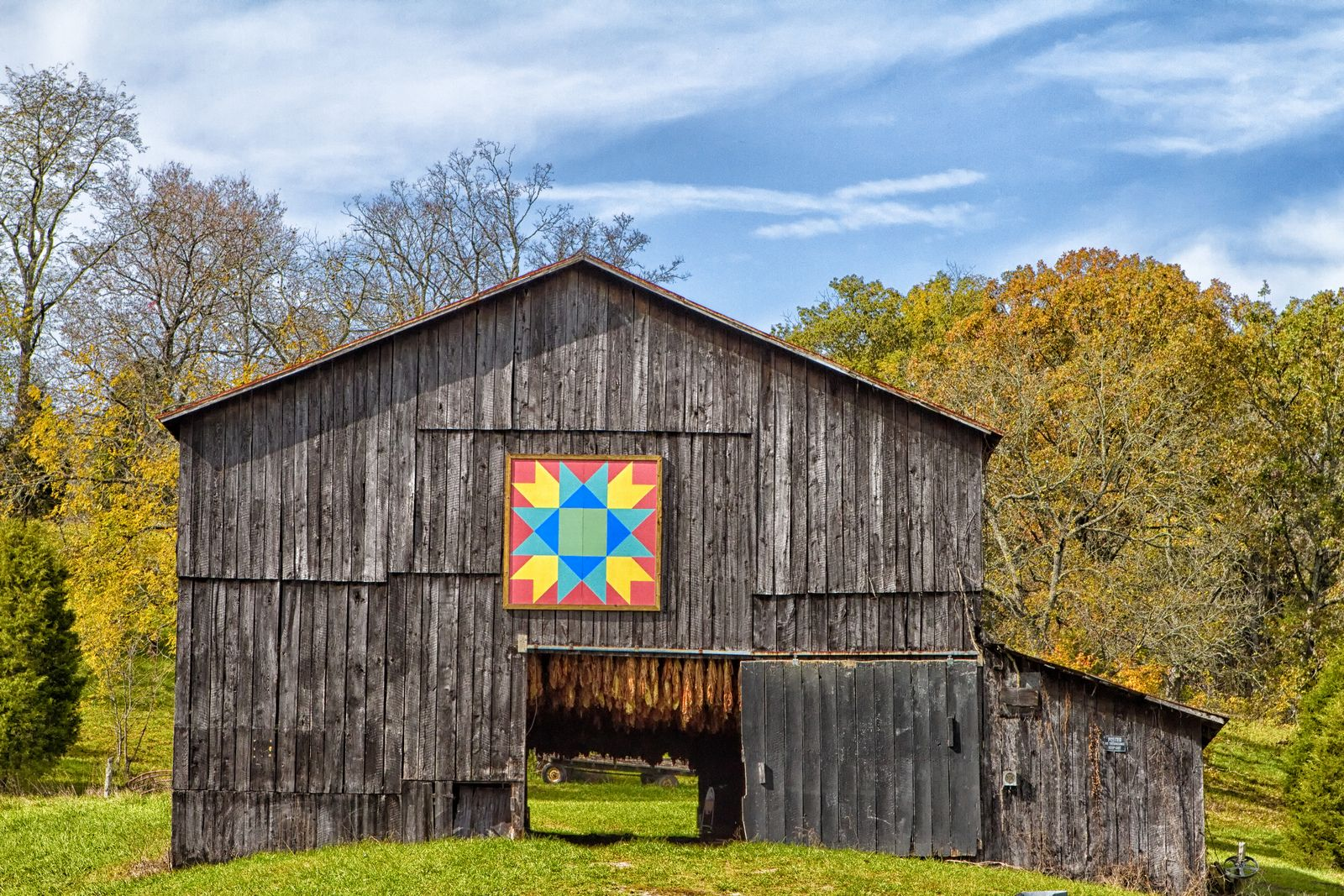 Amish barn with hex symbol symbols amish barn with hex symbol by timberwolfie biocorpaavc Images