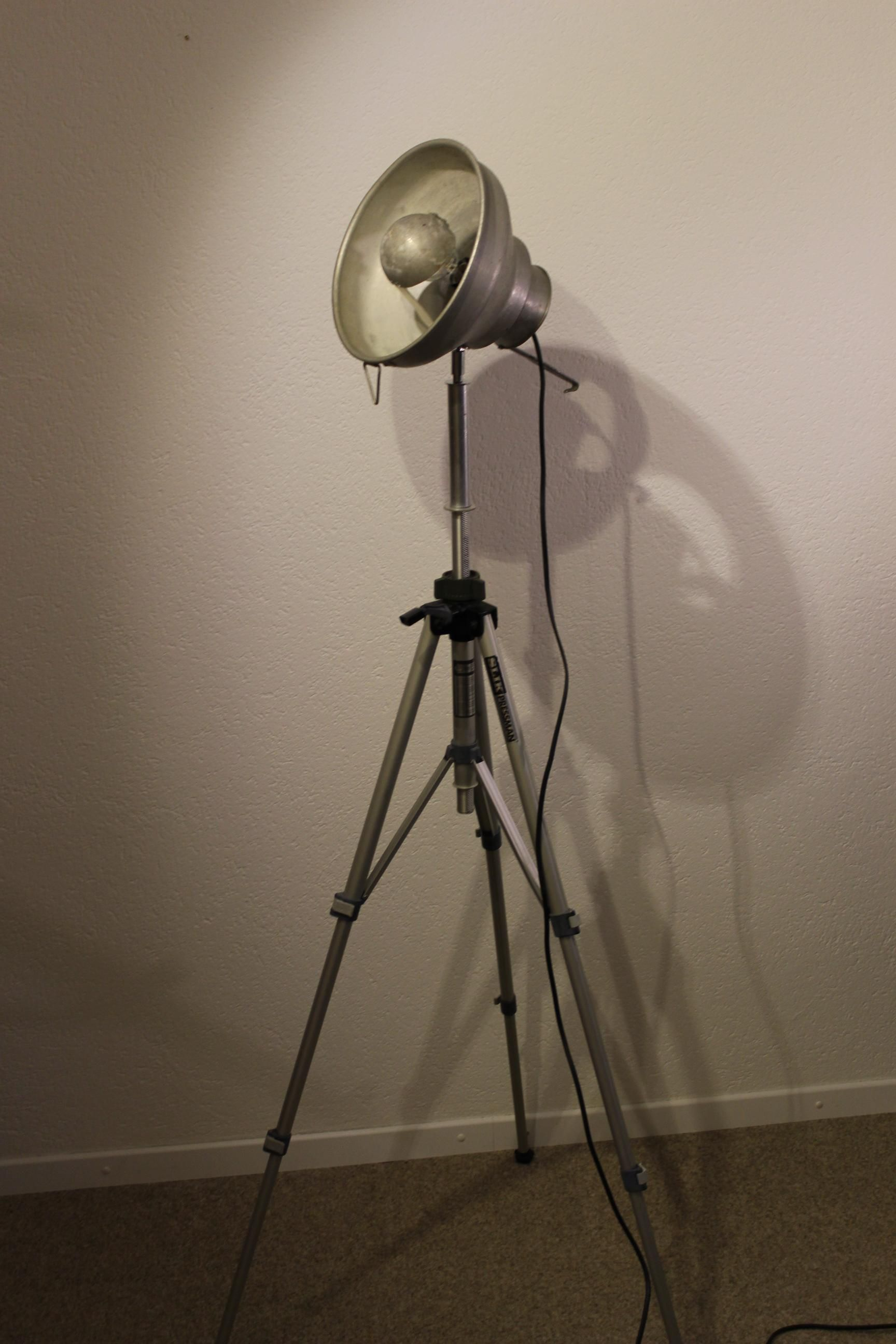 Inspirational Upcycling Lampen und Leuchten selber machen Lampenbau More cool recycling lamps on