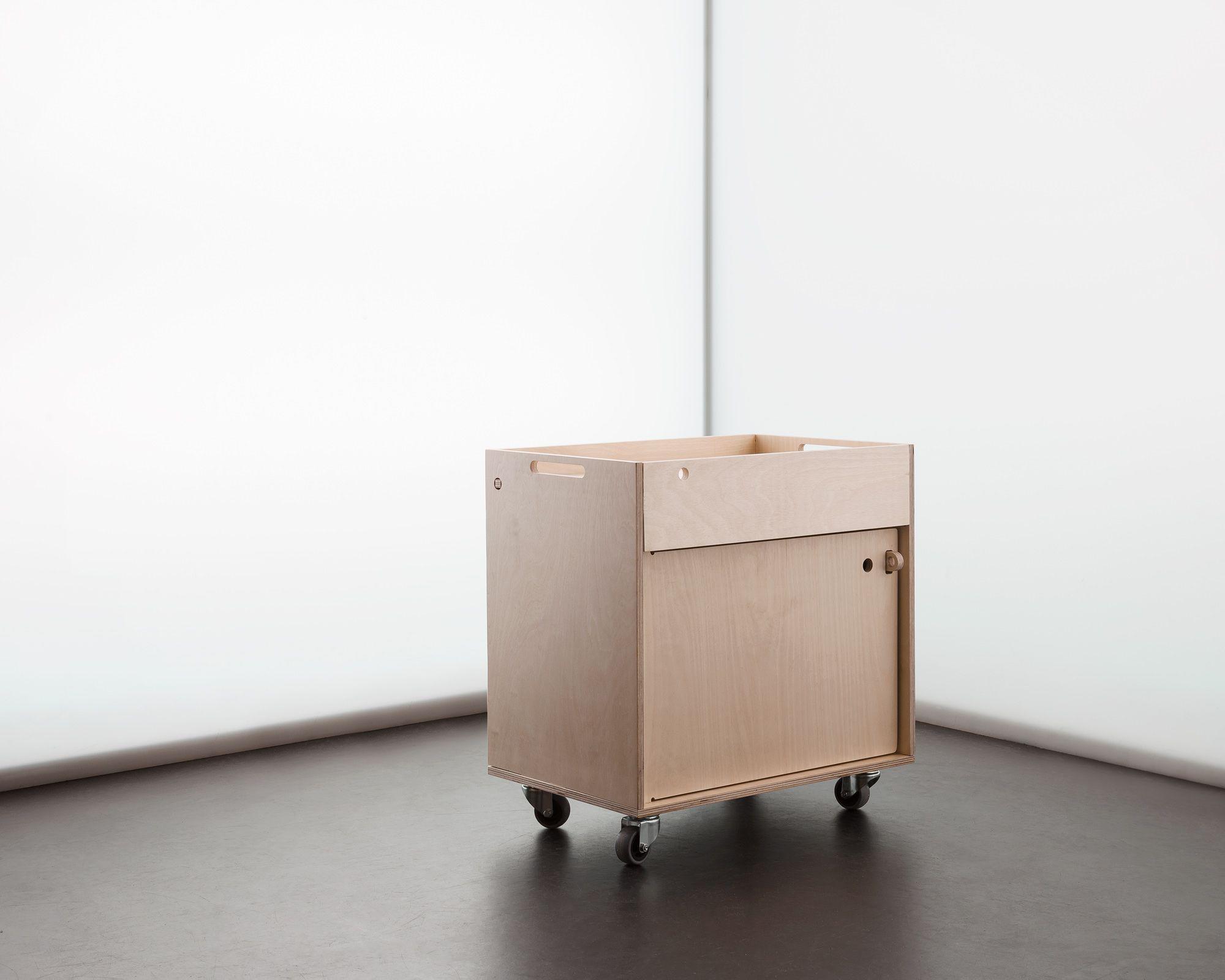 Furniture designed for inspiring workplaces | Kita und Möbel
