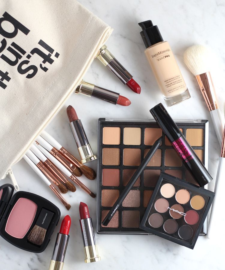 7 Makeup Bag Essentials for Fall. GlitterMakeupBrushes