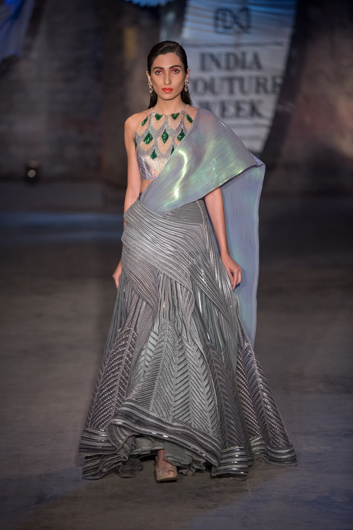 Amit Aggarwal India Couture Week 2019 Icw2019 Amitaggarwal Indiancouture Pm Couture Week Indian Designer Outfits Designer Dresses Indian