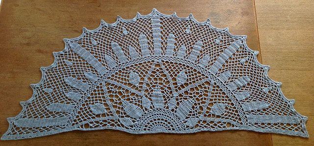 Art Deco Sunburst Shawl Free Crochet Pattern By Sunnyindenmark Via Flickr Shawl Crochet Pattern Crochet Patterns Crochet Shawls And Wraps