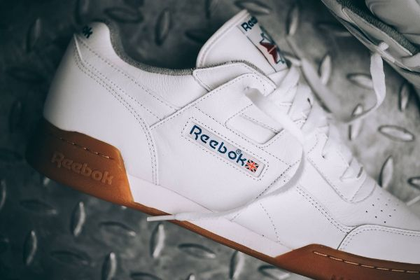 Découvrez en images la Reebok Workout Plus R12 'White Gum