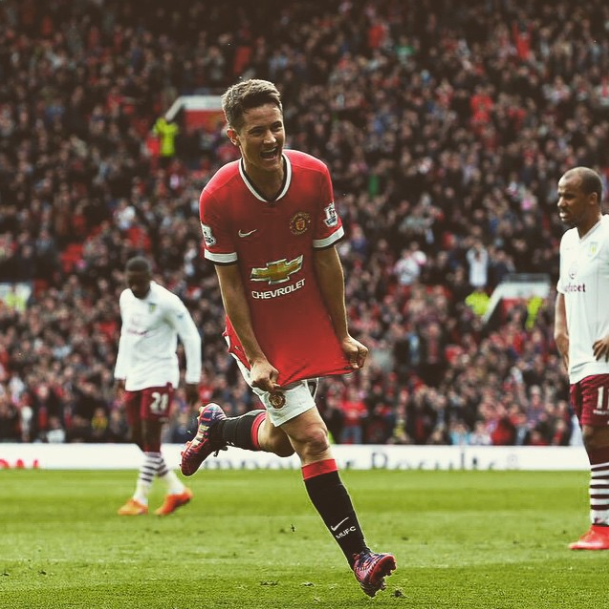 Manchester United Vs Aston Villa Live Match Blog Official Manchester United Website Ander Herrera 2 Goals