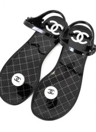 77f162ebec31  CoCo  Trendy Black Chanel-Inspired Pearl Jelly Sandal