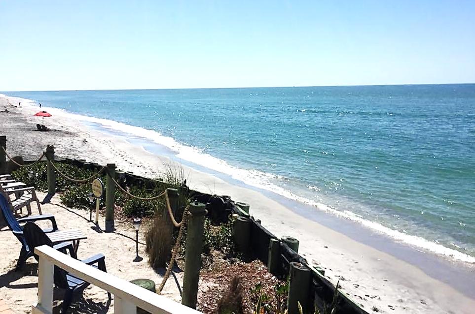 Stay right on Manasota Beach at the Pearl Beach Inn ...