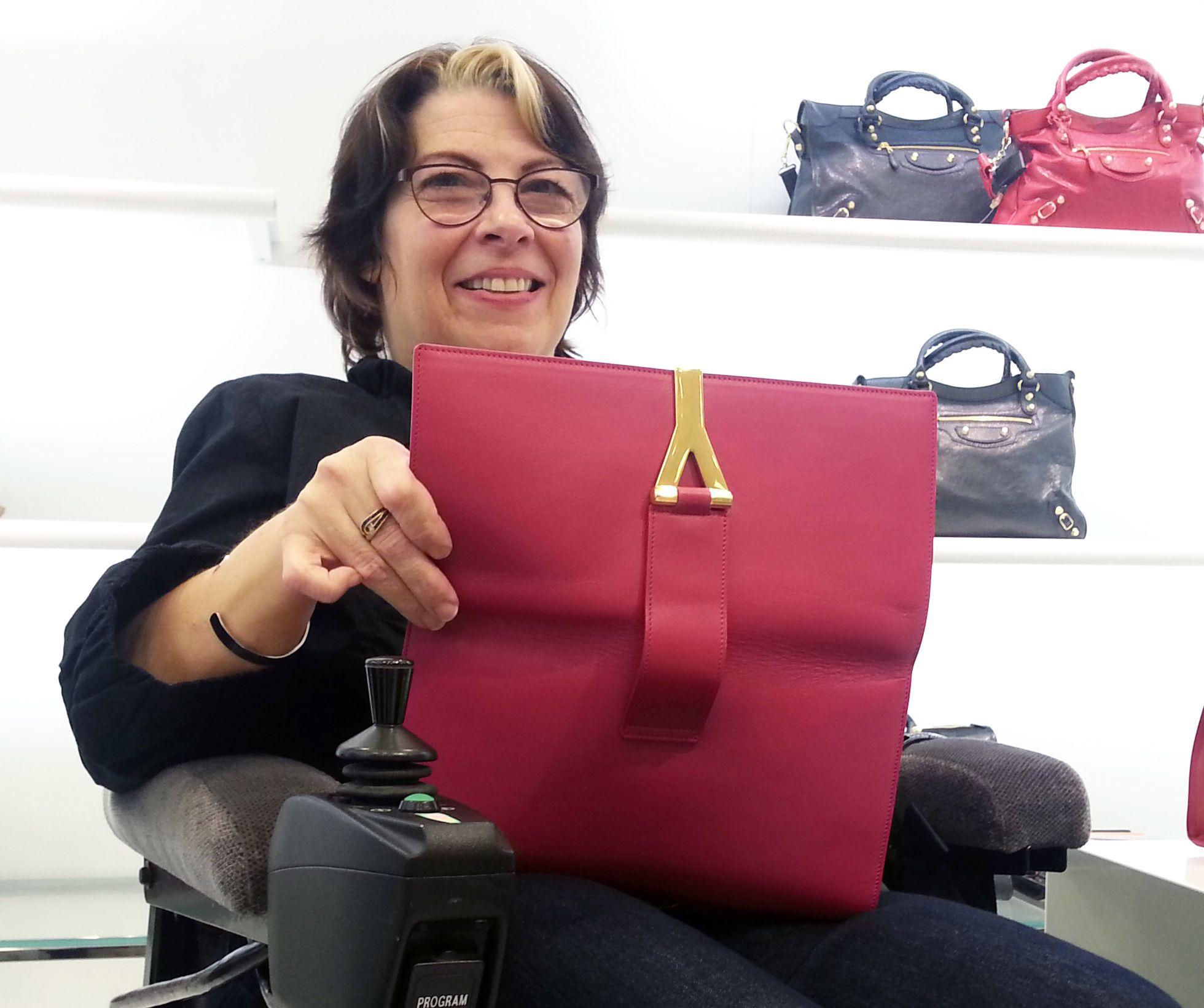 http://spashionista.com/index/2013/8/16/bag-of-honor