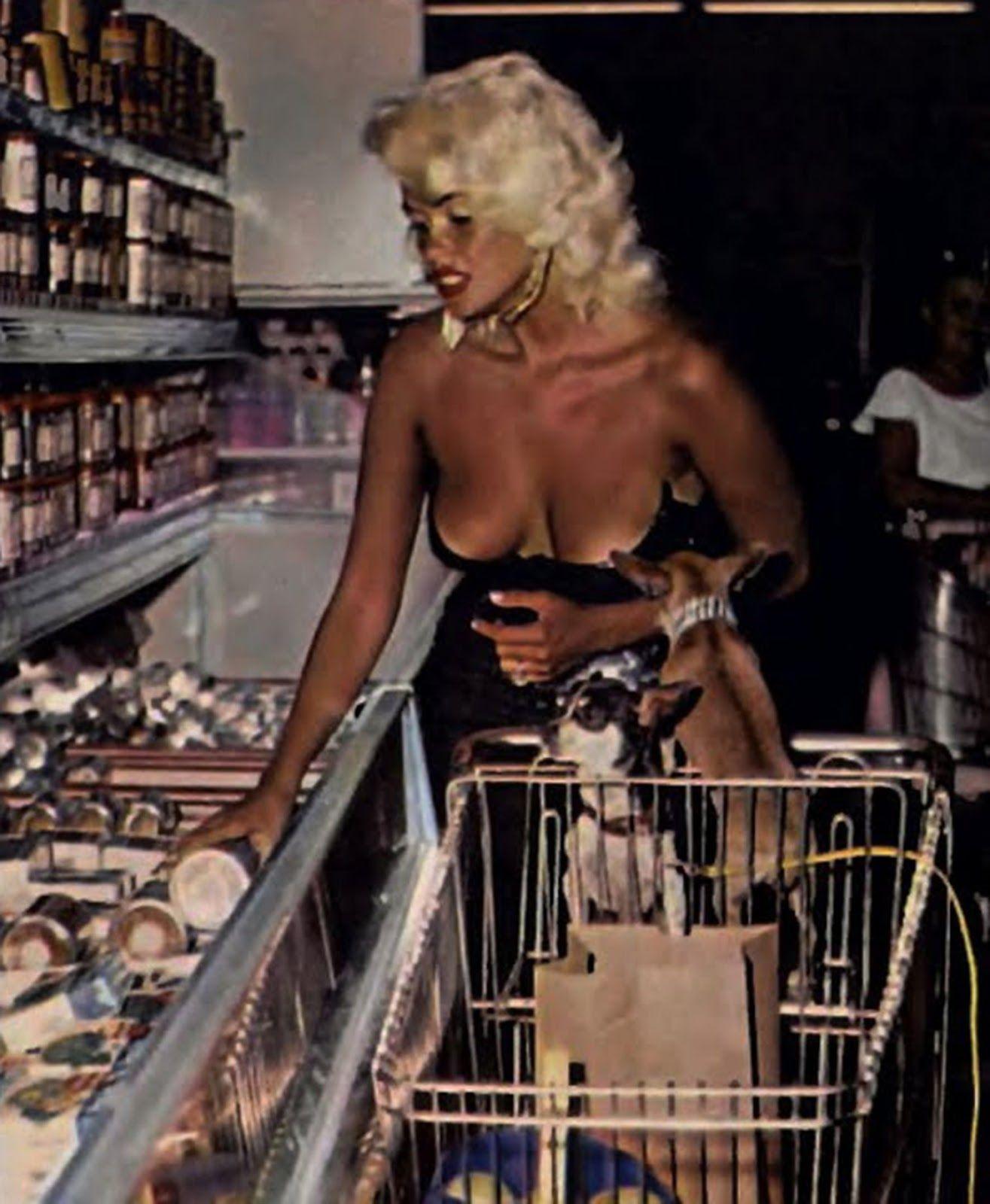 Resultado De Imagen De Jayne Mansfield Desnuda Famosas Desnudas