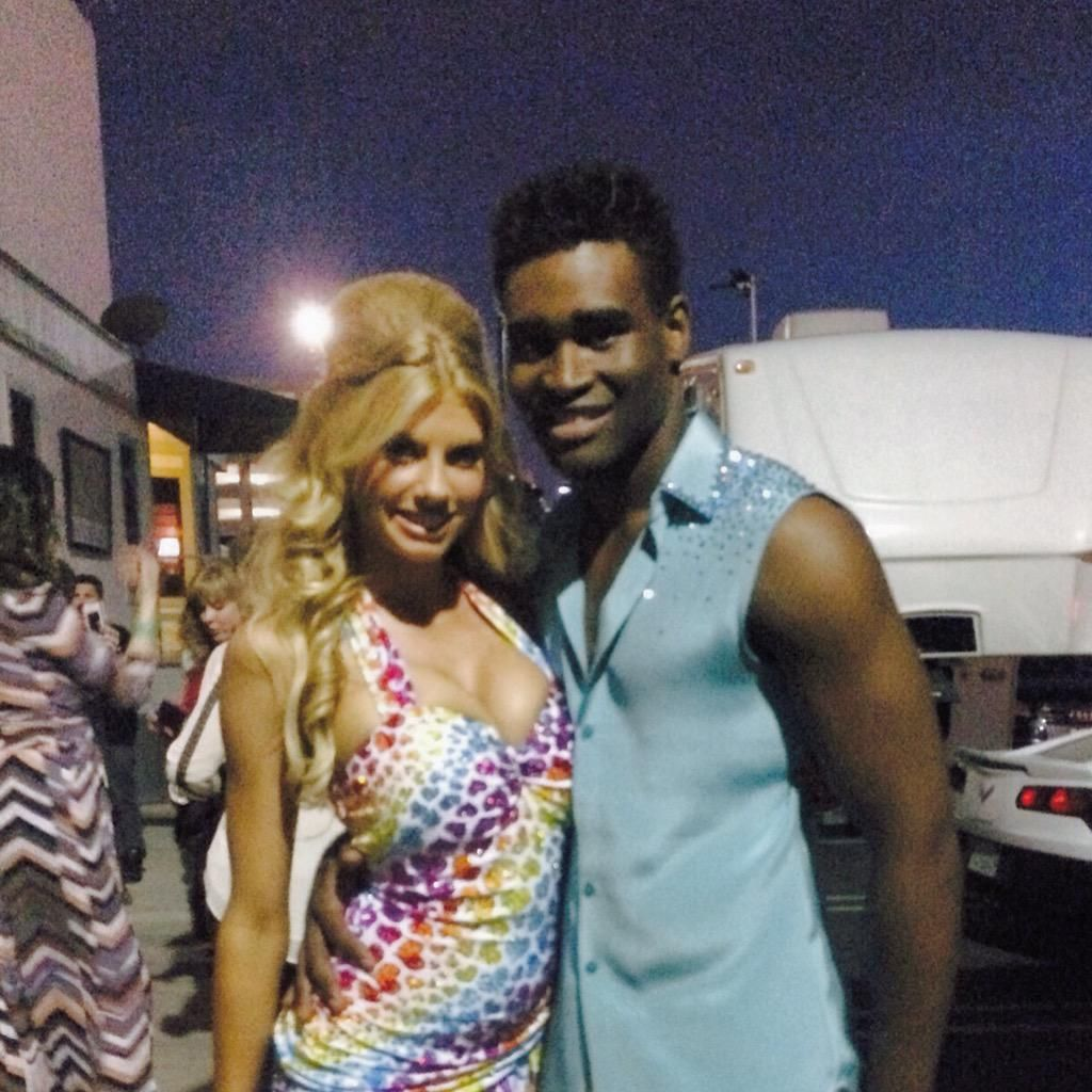.@Char_mck & I r thankful 4 the support. #teamkeolette #LEFTCRAB Vote: http://abc.com   http://bit.ly/votedwts