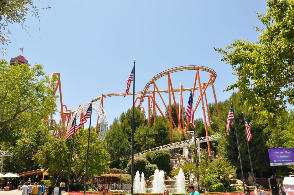 Six Flags Magic Mountain Tips How To Have The Best Day Ever Six Flags Usa Holidays Adventure Goals