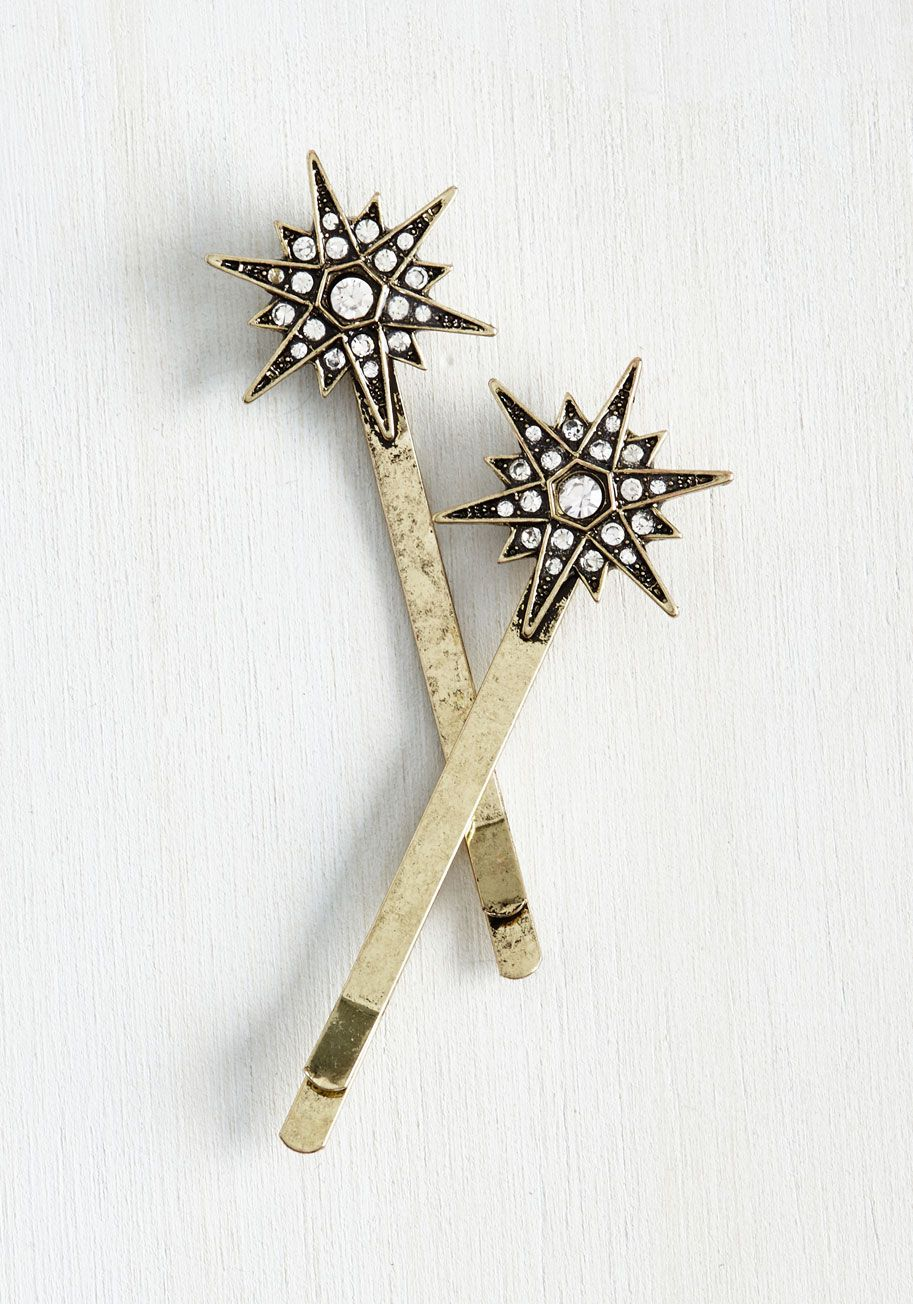 Stars in Your Favor Hair Pin Set. Having fancied up your do with these art deco-inspired hair pins, you know that today is going to be your lucky day! #bridesmaid #bride #modcloth