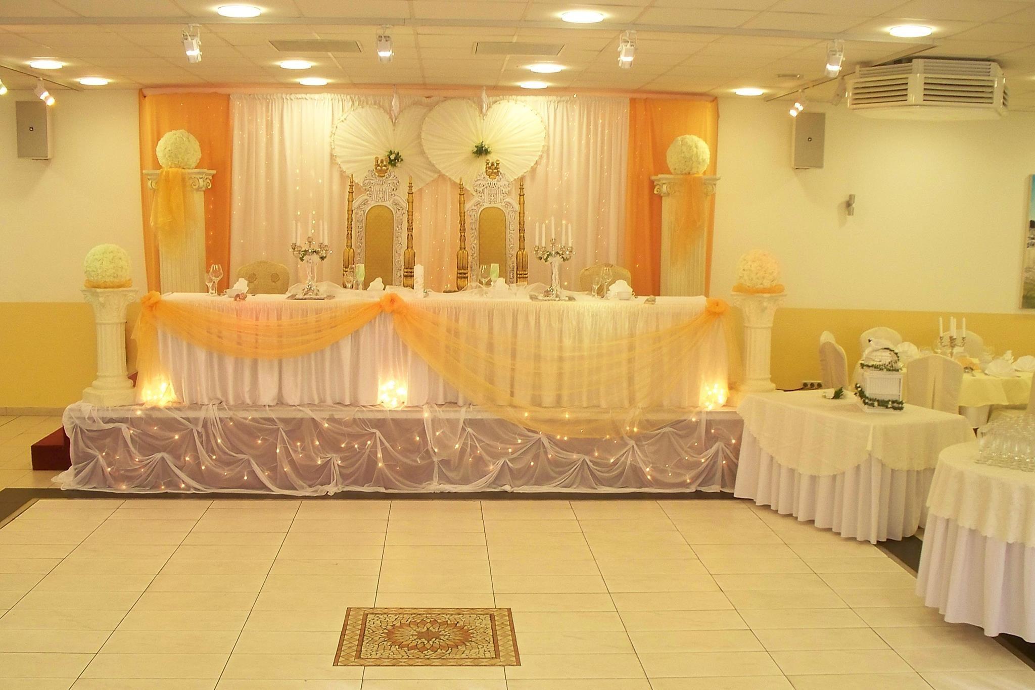 Der Ariana Festsaal Ist Der Perfekte Ort Fur Ihre Veranstaltung Festsaal Hochzeitslocation Veranstaltung