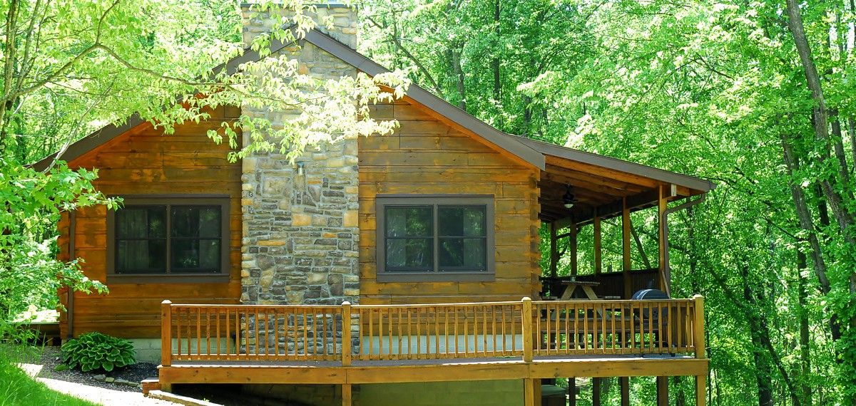 Hocking Hills Lodge Deluxe Ohio Vacation Rental Hot Tub