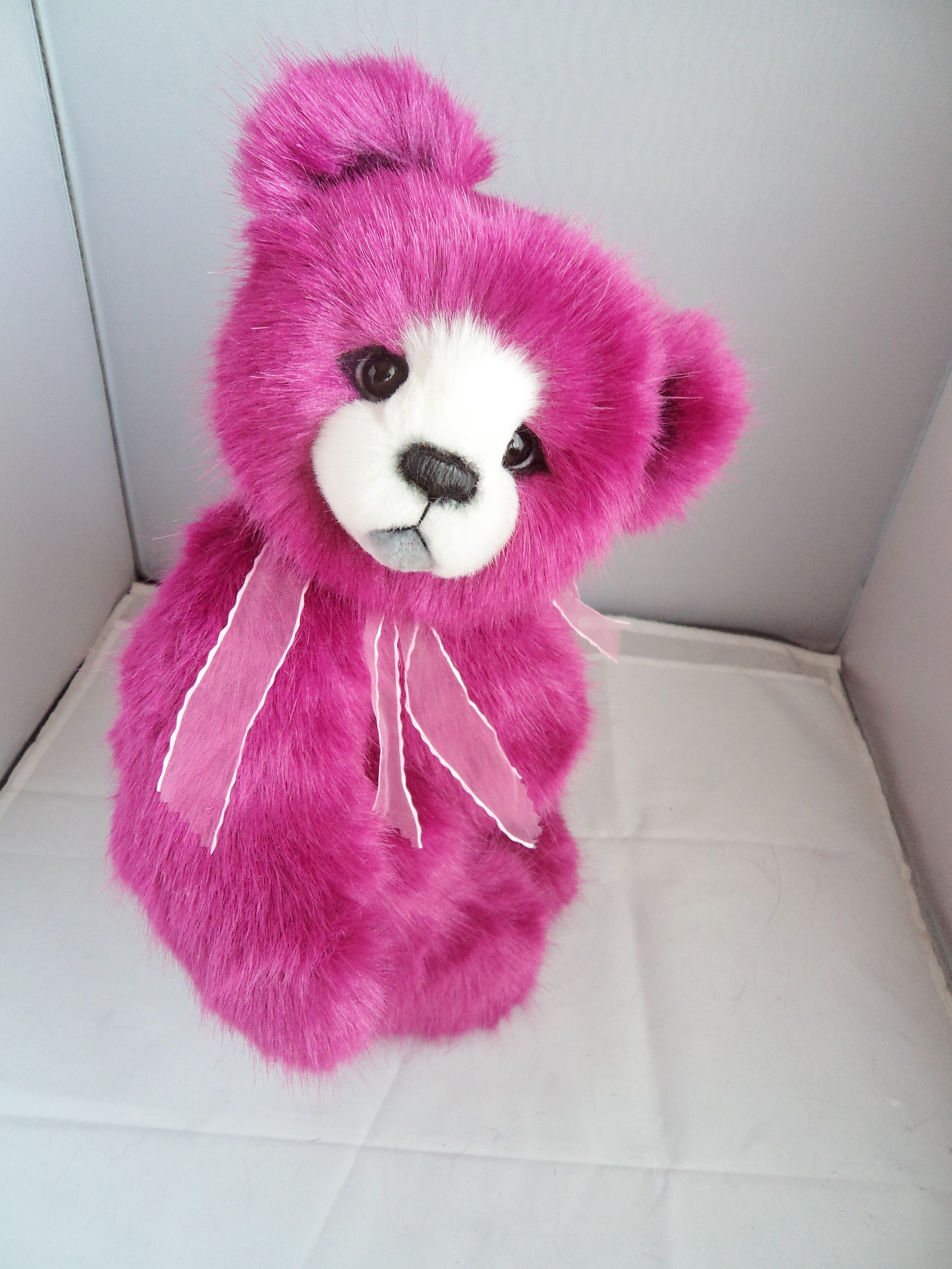 Please meet Azalea who is 13 inches tall, heavily weighted and one of a kind bears. Azalea is 5 way jointed and is available for immediate adoption, As Tiny and I are celebrating our birthdays, I am offering free UK postage, with that said Azalea's adoption fee is £80.00 which includes postage within the UK.