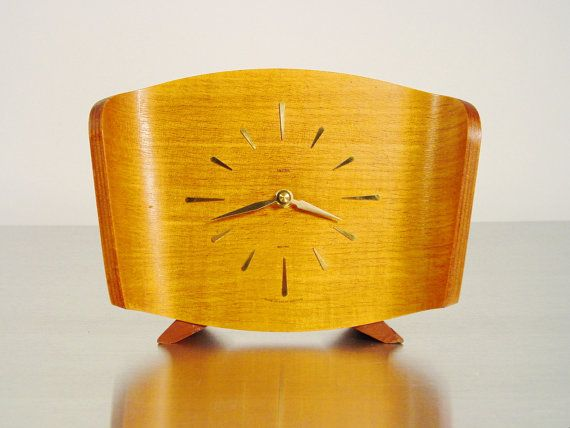 Modern Table Clock After Eames Plywood Design   1950s