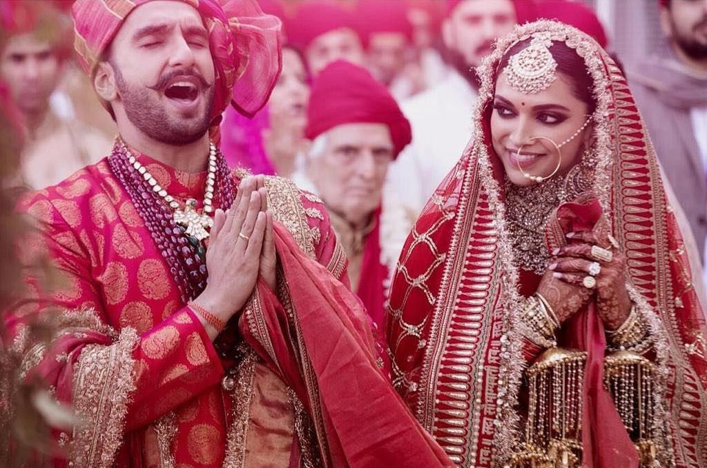 18 Ideas To Steal From Deepika Ranveer S Wedding Indian Wedding Photography Indianwed Indian Wedding Photography Bollywood Wedding Deepika Padukone Lehenga