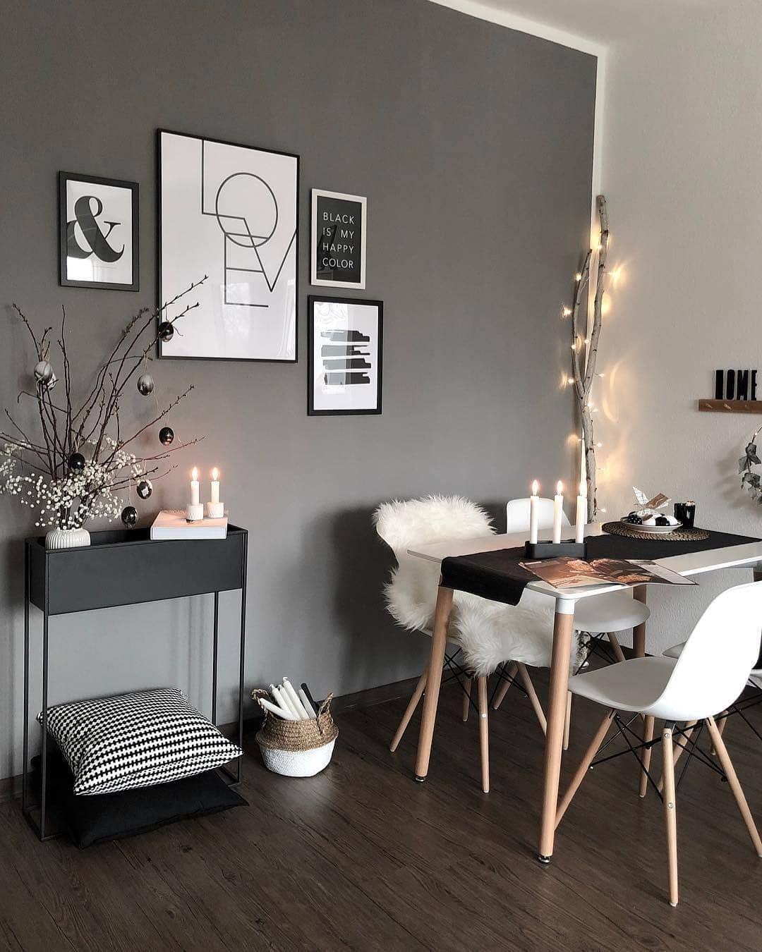 Interior Lifestyle On Instagram Interiordesign By V Hyggespreder Roomstyling Roomdecor Minimalist Dining Room Interior Inspo Interior