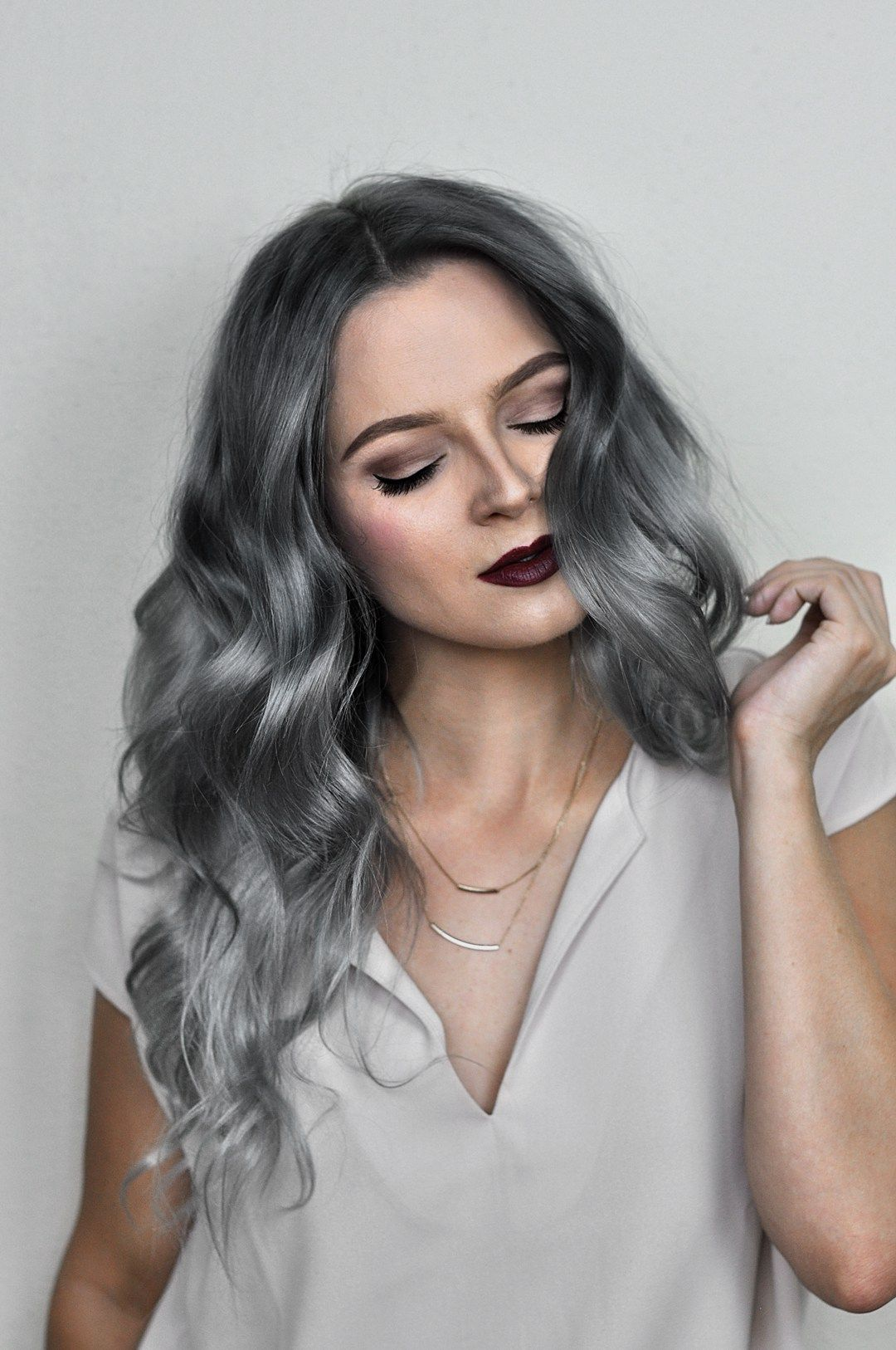 Silver ombre hair dye tutorial with overtone silver ombre hair