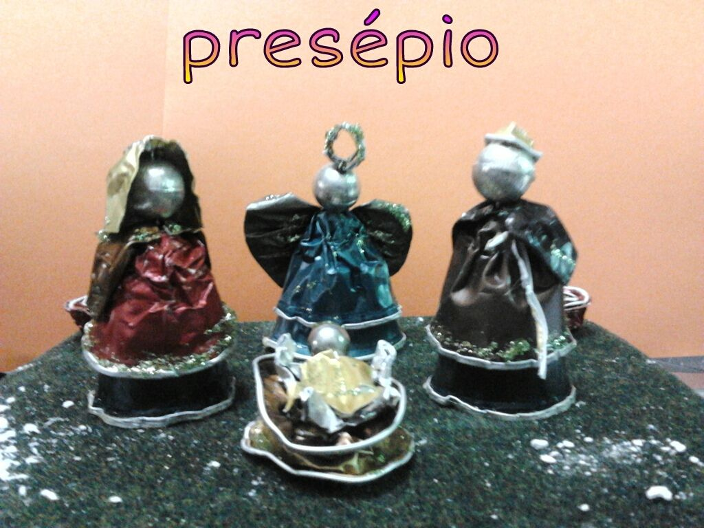 Presepio Manufaturado Com Capsulas De Cafe Artesanato De Natal