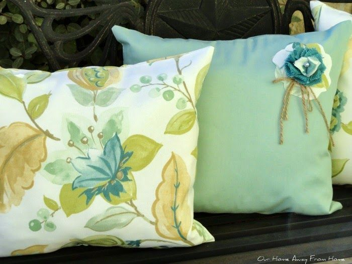 Our Home Away From Home: A BIT OF OUTDOOR SPRING DECOR