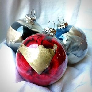2012 Henry V Costume Ornament.  Ornaments featuring fabric from costumes of other plays are available.