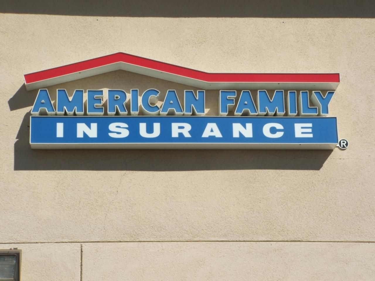 American Family Insurance www.valleysignsandlightinginc