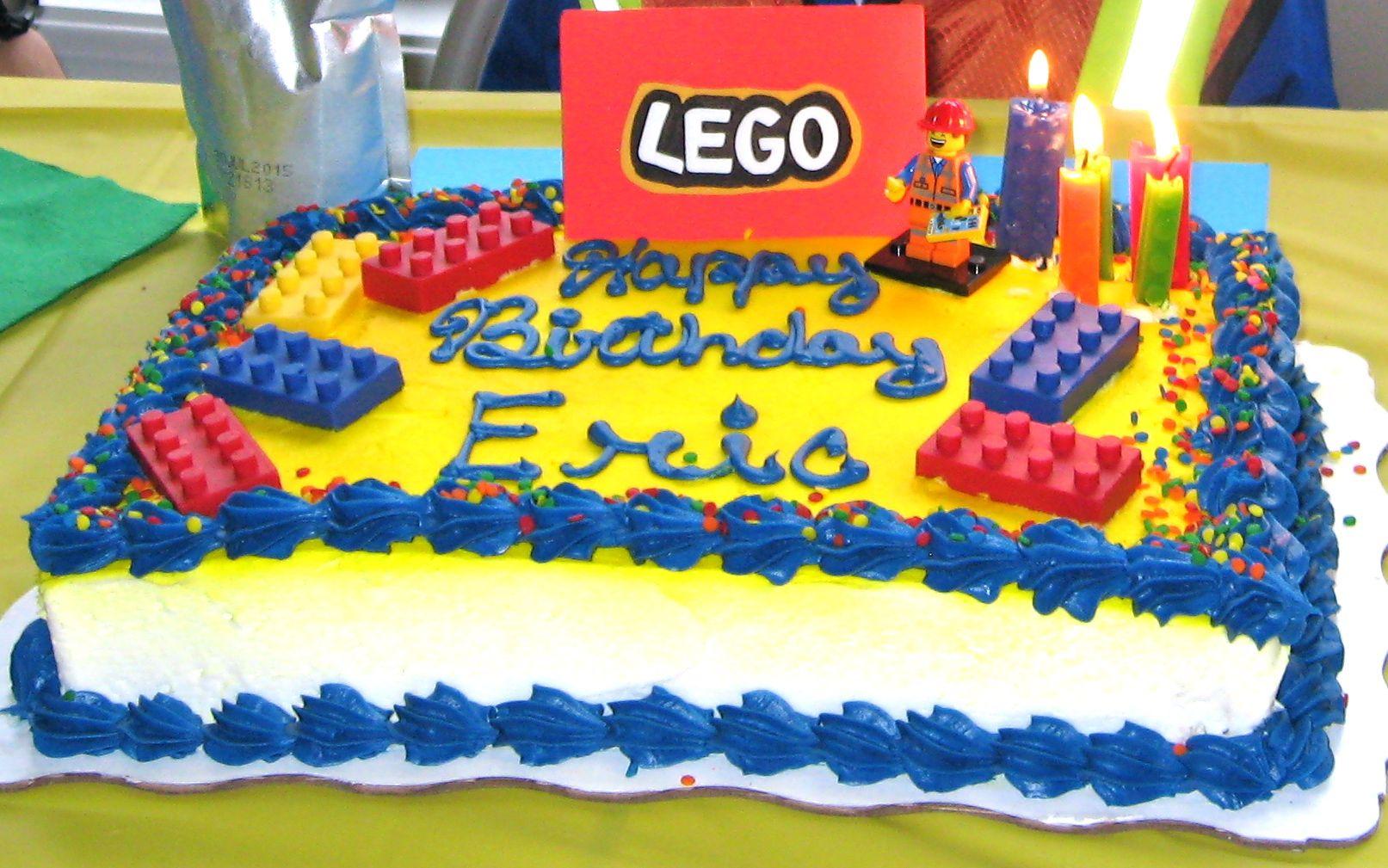 Semi Diy Lego Cake Grocery Store Cake I Added The Candy Lego