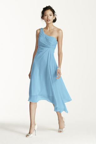 Timeless, elegant and chic, this short crinkle chiffon dress will be ...
