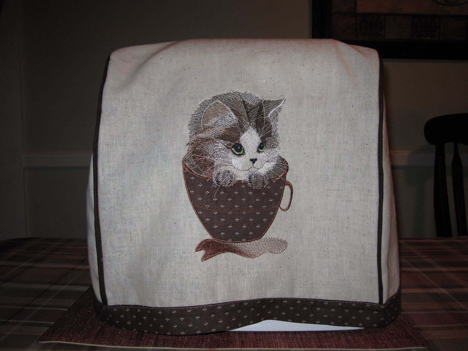 Embroidered Kitchen Cover With Cat Embroidery Design Free