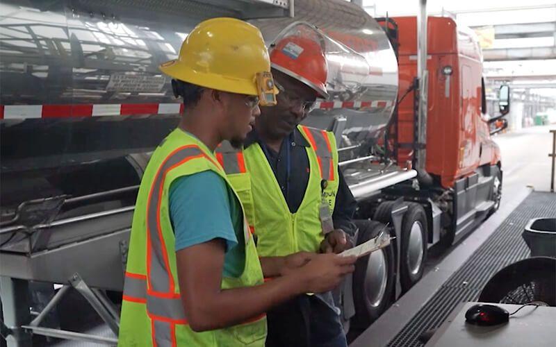 Top 5 Truck Driver Skills in 2020 Truck driver, Trucks
