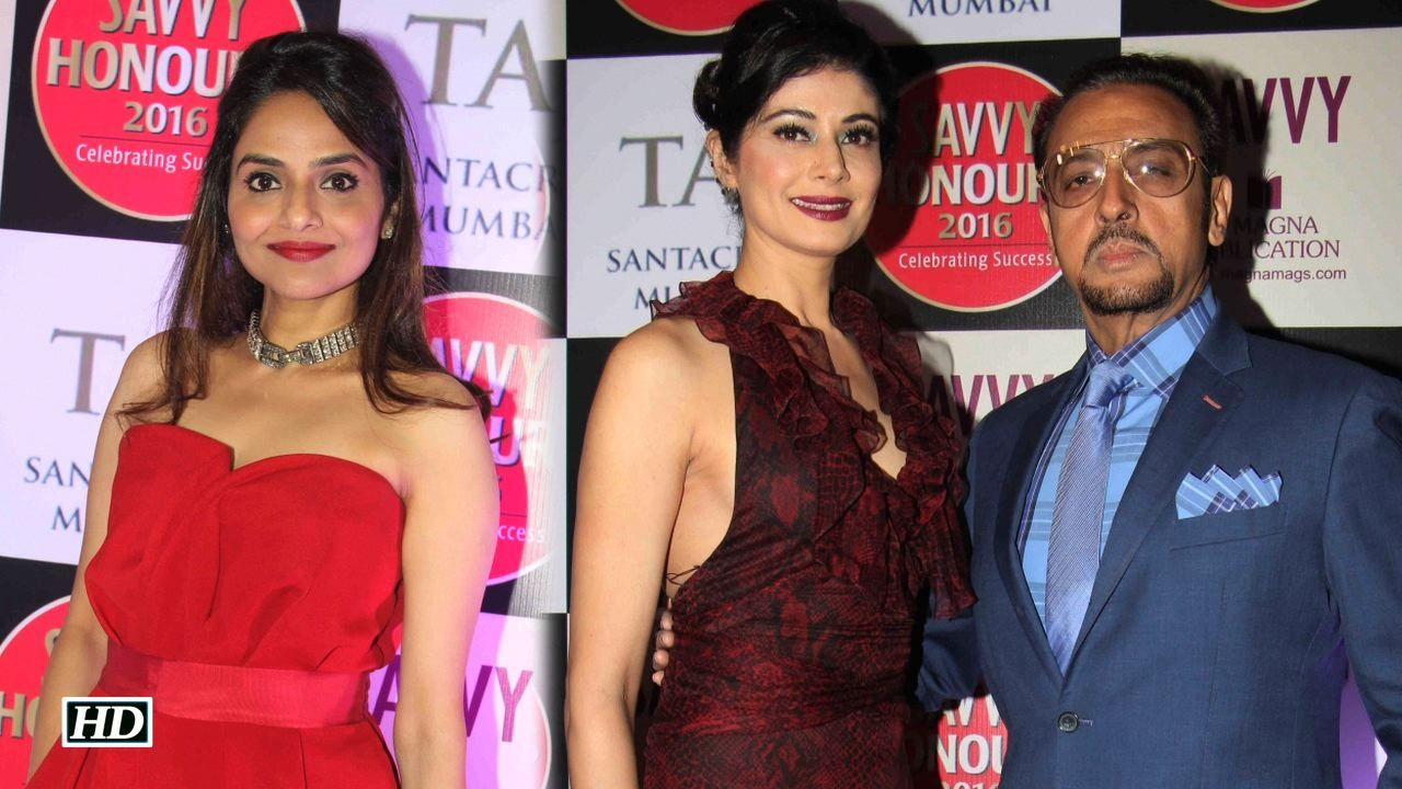 B Town celebs laud women entrepreneurs Savvy Magazine Award , http://bostondesiconnection.com/video/b_town_celebs_laud_women_entrepreneurs_savvy_magazine_award/,  #designerShainaNC #GulshanGrover #JackieShroff #MadhooShah #PoojaBatra #PoonamDhillon #SavvyMagazine #SavvyMagazineAward