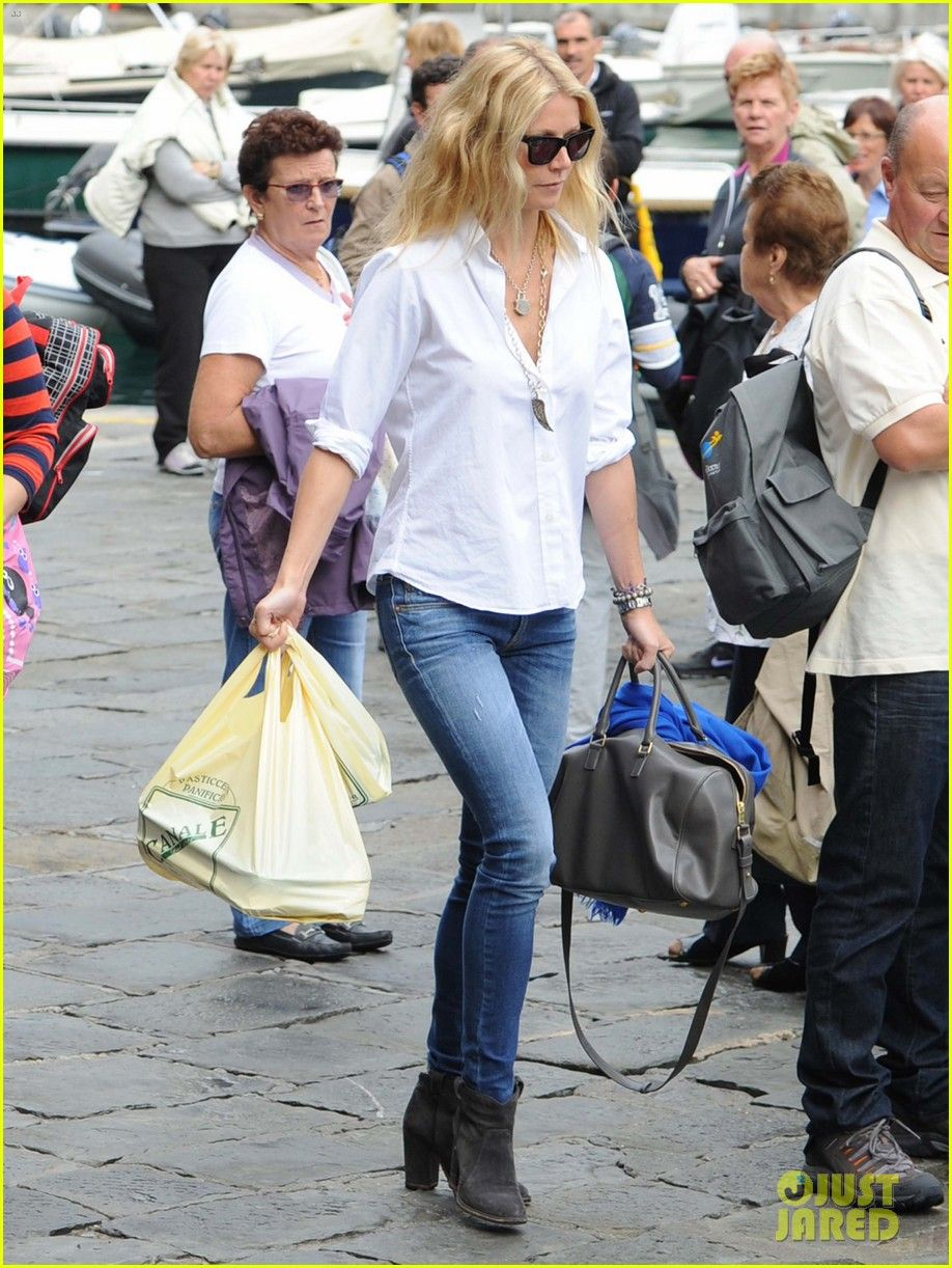 Paltrow gwyneth street style summer rare photo