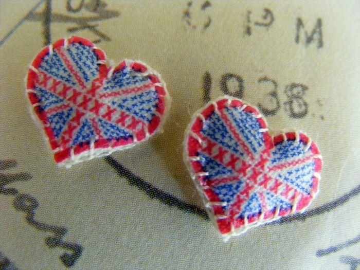 http://www.allthingsoriginal.com/shop/jewellery/earrings/hello_london_earrings