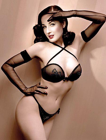 Las pin-up girls con el tiempo han reinventado su imagen provocativa ... 0cab863a1196