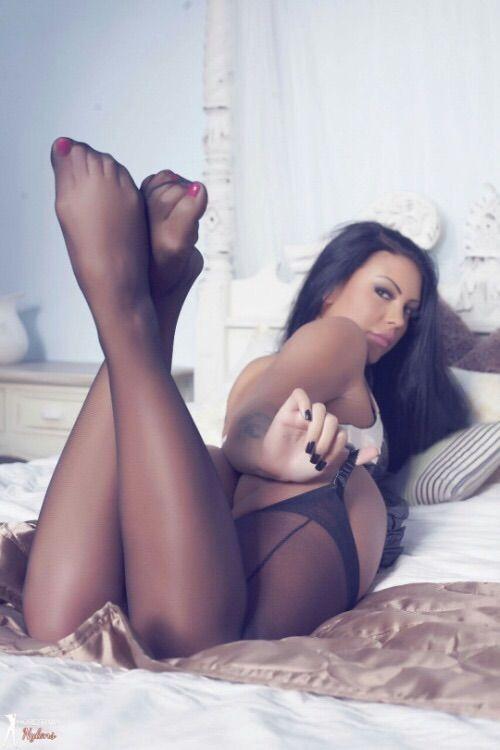 Gorgeous Women In Stockings