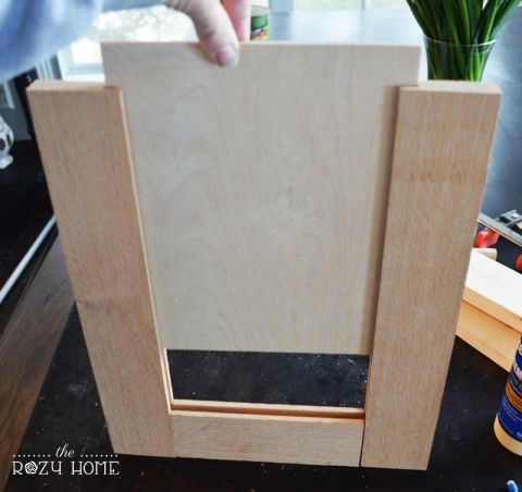 Remodelaholic How To Make A Shaker Cabinet Door Wood Building