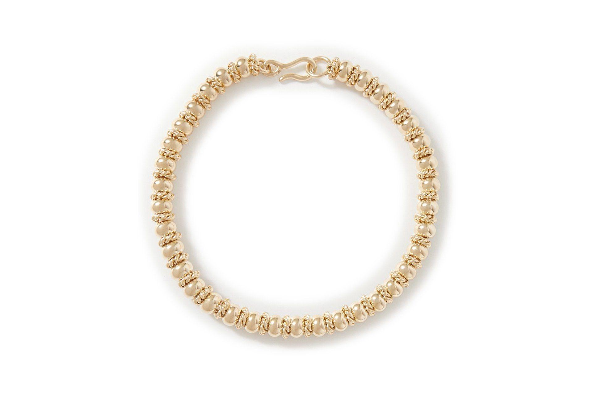 Photo of Lassen Sie sich vom roten Teppich der Golden Globes in einer schicken, abgekürzten Halskette inspirieren