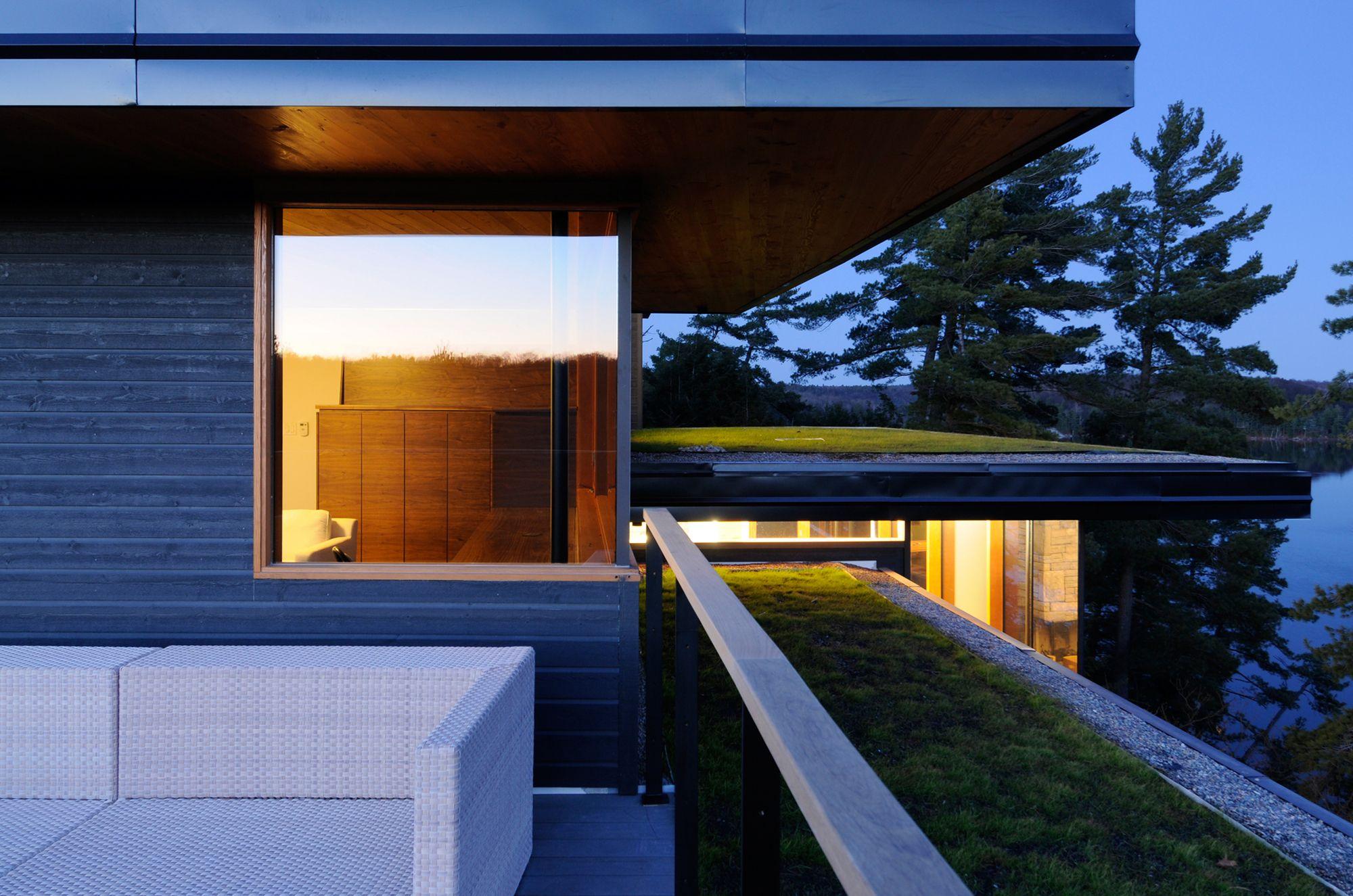 Casa del Acantilado / Altius Architecture Inc