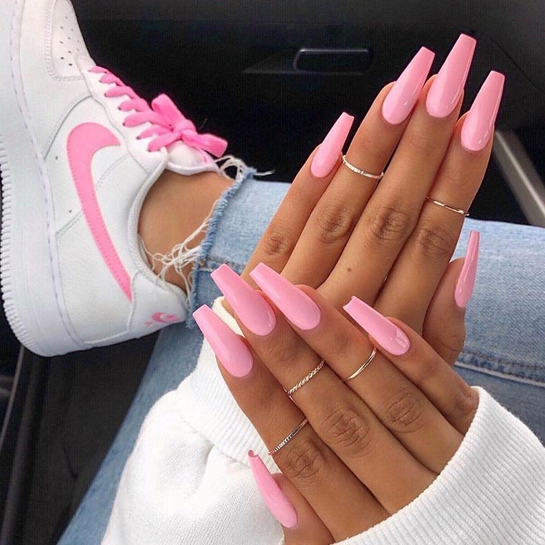 The Fairest Pink Manicure of the Summer , nail art blog #coffinnails