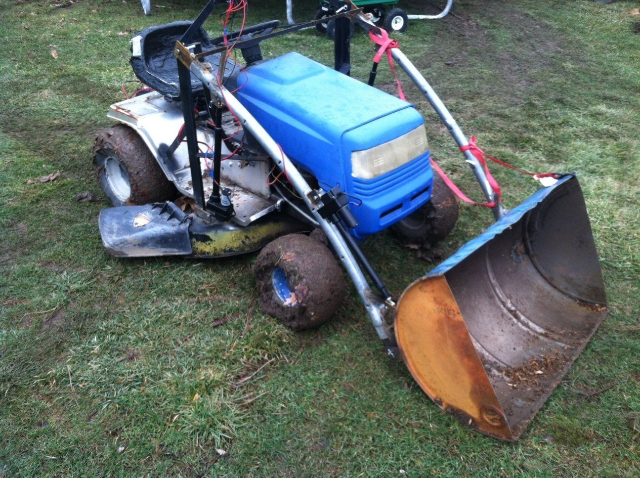Mtd Lawn Tractor Front End Loader Build My Tractor Forum In 2020 Lawn Tractor Tractors Tractor Accessories