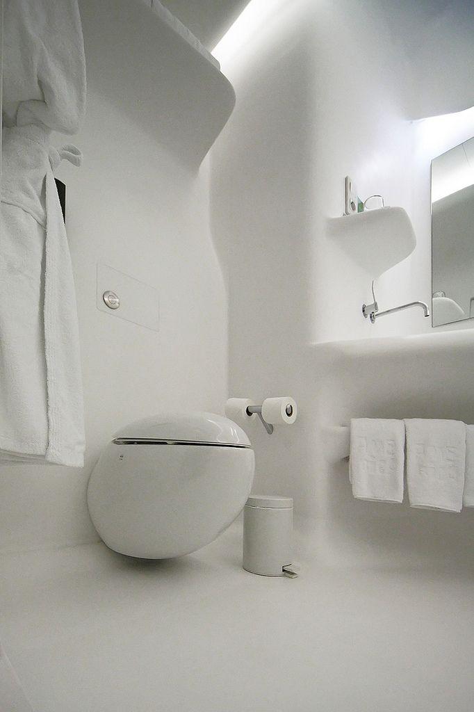 Hotel Silken Puerta America | Futuristic interior, Zaha ...