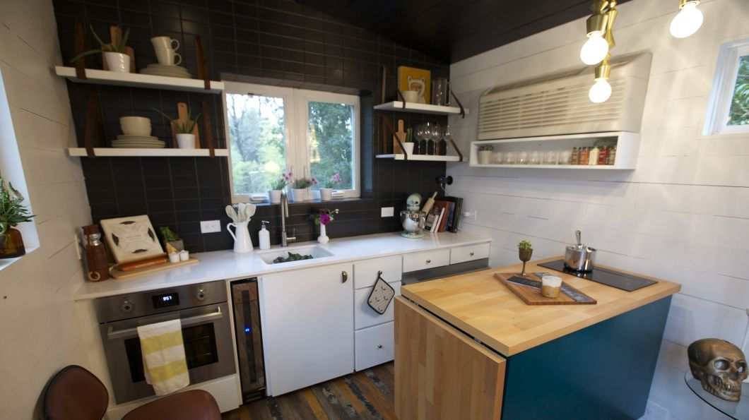 Tiny House Kitchen With Island Breakfast Nook Office Shed 2 Bathrooms Covered Porch