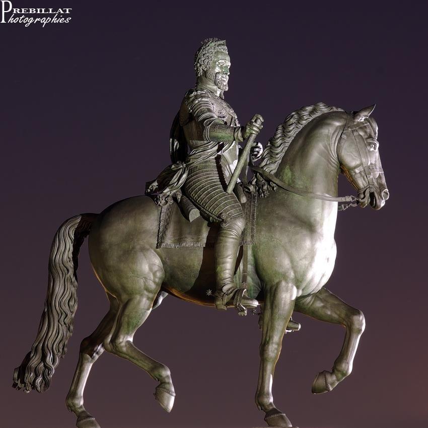 Le bon roi Henri IV  Pont-Neuf - Île de la cité - Paris