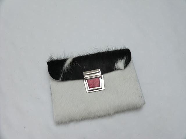 """KUHIE®, """"Peter"""" Kuhfell Geldbeutel in schwarzweiß von KUHIE ®:  Die Taschen mit Kuh !!! auf DaWanda.com"""